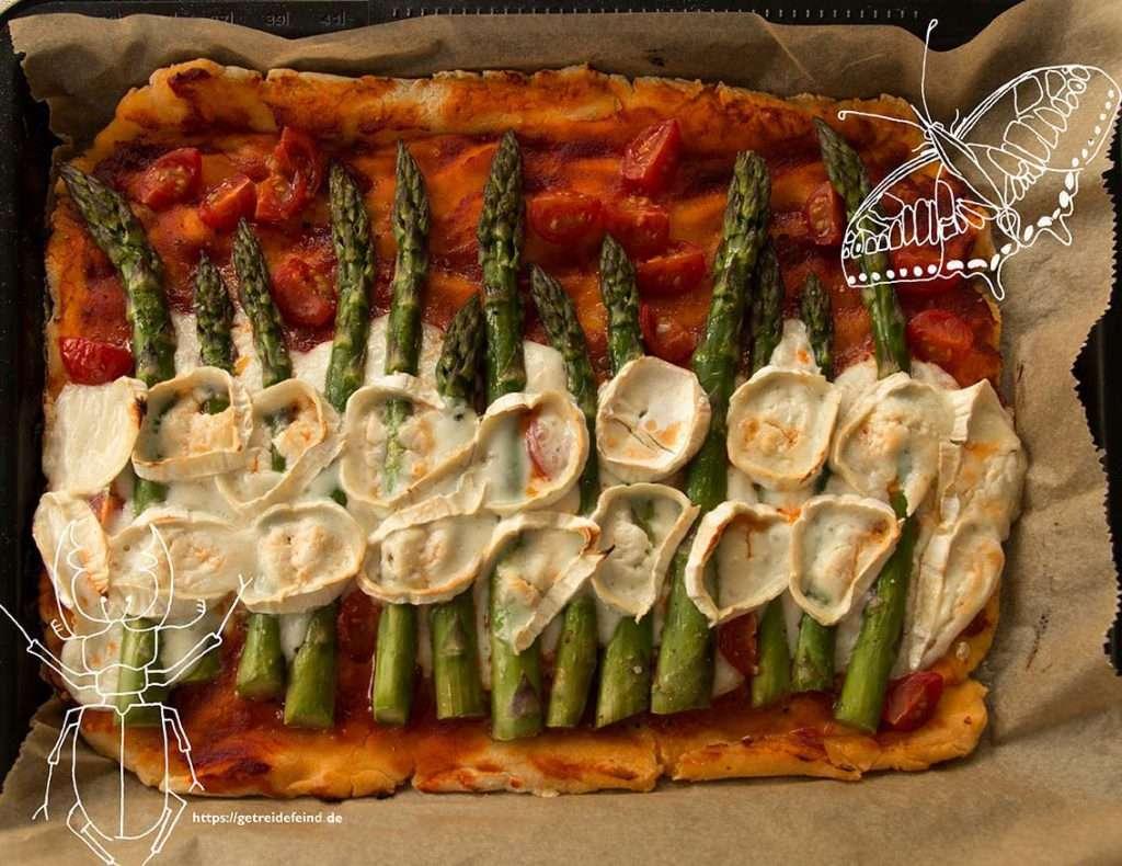 Glutenfreie Spargelpizza mit Ziegenkäse